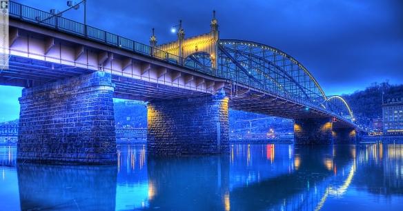 glen-green_0861-6_smithfield-bridge_painterly-crpd-ccwtmk